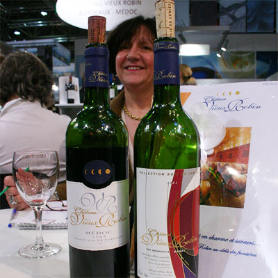 Maryse Roba, owner of Chteau Vieux Robin with two of her 2005s: the Cuve Bois de Lunier and the Collection Bois de Lunier